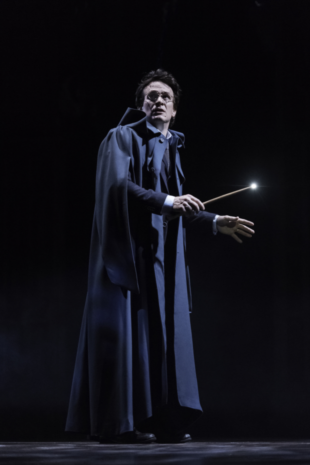 <p>Jamie Parker takes on the title role in <em>Harry Potter and the Cursed Child</em>.</p><br />(© Manuel Harlan)
