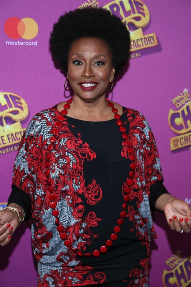 <p>Jenifer Lewis is ready for the performance.</p><br />(© Tricia Baron)