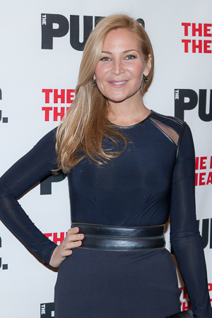 <p>Jennifer Westfeldt was dressed to the nines for the <em>Hamilton</em> opening-night party.</p><br />(© Seth Walters)