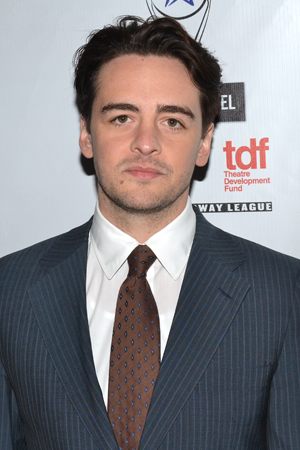 <p><em>Jersey Boys</em> film star Vincent Piazza walks the red carpet before the ceremony.</p><br />(© David Gordon)