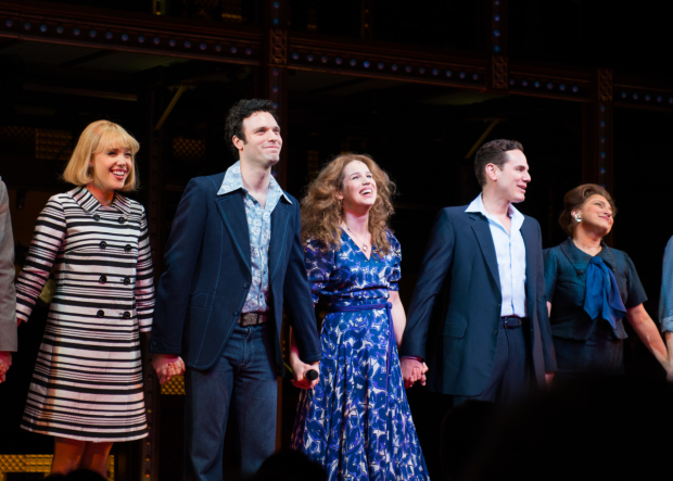 <p>Jessica Keenan Wynn, Jake Epstein, Chilina Kennedy, Paul Anthony Stewart, and Liz Larsen take a bow.</p><br />(© Allison Stock)