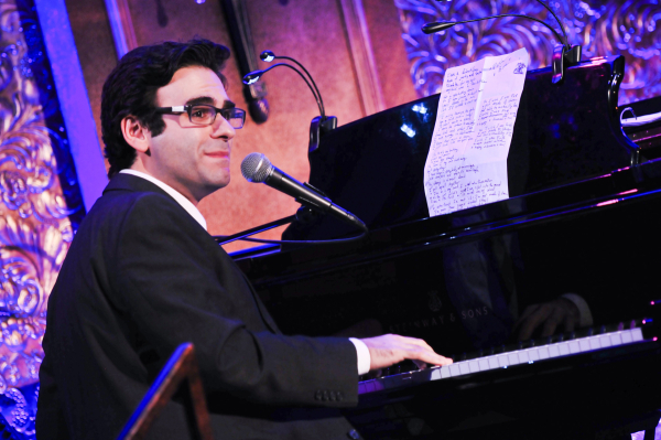 <p>Joe Iconis (NBC&#39&#x3B;s <em>Smash</em>) tickles the ivories at the Late Night Cabaret. </p><br />(© Jenny Anderson)