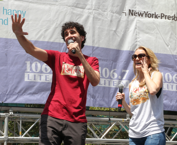 <p>John Cariani and Kate Reinders share a tender moment as they sing a sweetly <em>Rotten</em> duet in Bryant Park.</p><br />(© David Gordon)