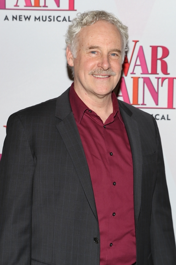 <p>John Dossett flashes a grin at press day for the cast of <em>War Paint</em>.</p><br />(© Tricia Baron)