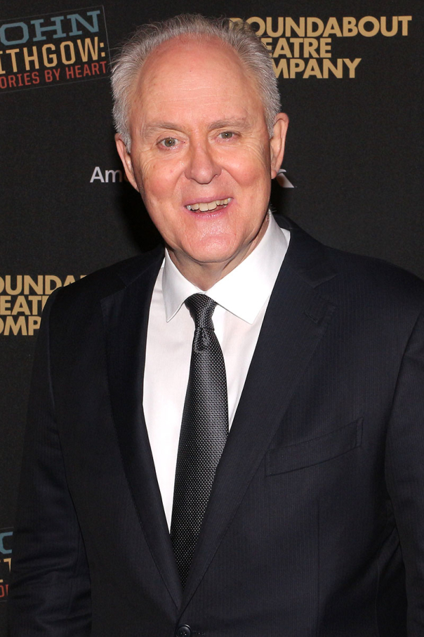 <p>John Lithgow walks the red carpet on his opening night.</p><br />(© David Gordon)