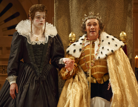 <p>Joseph Timms appears as Anne Neville opposite Rylance&#39&#x3B;s Richard III.</p><br />(© Joan Marcus)