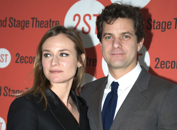 <p>Joshua Jackson shares his night with his significant other, actress Diane Kruger.</p><br />(© Allison Stock)