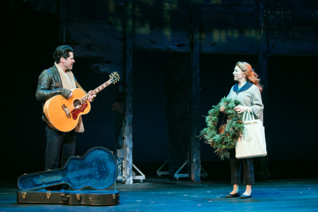 <p>J.T. Hodges and Kate Morgan Chadwick keep each other company in midwinter.</p><br />(© Those Morgans)
