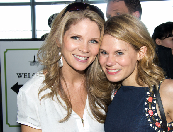 <p>Kelli O&#39&#x3B;Hara (left) and Celia Keenan-Bolger share a photo on the way down.</p><br />(© David Gordon)