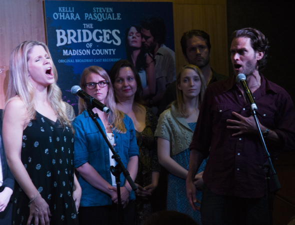 <p>Kelli O&#39&#x3B;Hara and Steven Pasquale sing &quot&#x3B;Falling Into You.&quot&#x3B;</p><br />(© David Gordon)