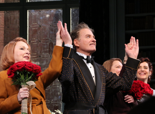 <p>Kevin Kline leads the curtain call as <em>Present Laughter</em> opens on Broadway.</p><br />(© David Gordon)