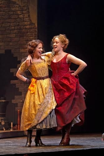 <p>Kristen Smith Davis (Bet) shares the stage with Besty Morgan (Nancy).</p><br />(© Jerry Dalia)