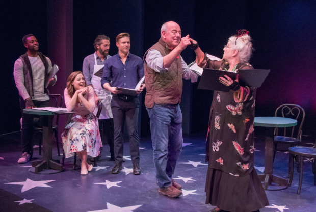 <p>Kristopher Thompson-Bolden, Erika Henningsen, Ben Cherry, and Hunter Ryan Herdlicka cheerfully look on as Lenny Wolpe takes Tyne Daly&#39&#x3B;s hand.</p><br />(© Ben Strothmann)