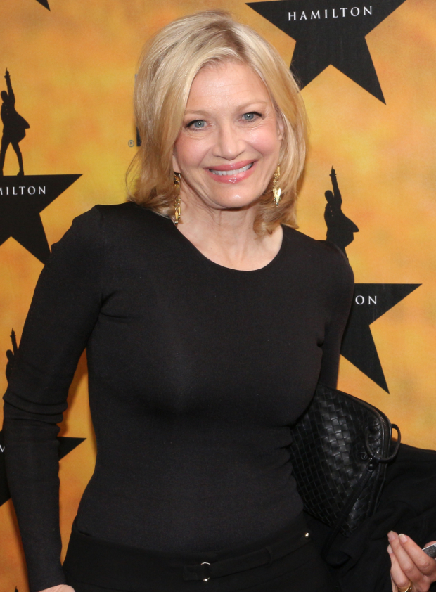 <p>Legendary news anchor Diane Sawyer works the red carpet.</p><br />(© David Gordon)