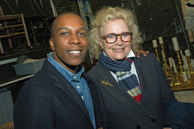 <p>Leslie Odom Jr. and Candice Bergen get together for a photo.</p><br />(© Kristin Goehring)