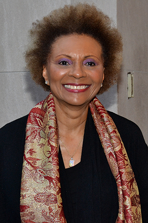 <p>Leslie Uggams is all set to see <em>The Realistic Joneses</em>.</p><br />(© David Gordon)