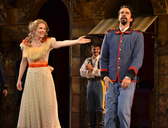 <p>Lily Rabe and Hamish Linklater drink in the applause.</p><br />(© David Gordon)