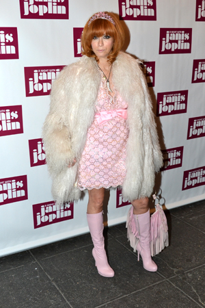 <p>Linda Ramone puts her best fashion foot forward.</p><br />(© David Gordon)