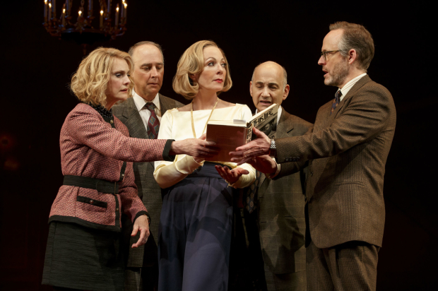 <p>Lisa Emery, Michael Countryman, Allison Janney, Ned Eisenberg, and John Benjamin Hickey confer over Sidney Poitier&#39&#x3B;s autobiography.</p><br />(© Joan Marcus)