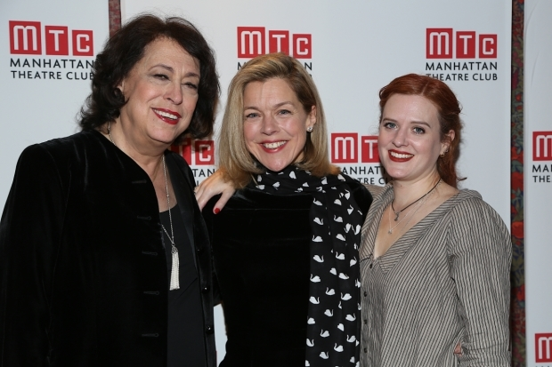 <p>Lynne Meadow and Janie Dee pose with playwright Penelope Skinner.</p><br />(© Tricia Baron)