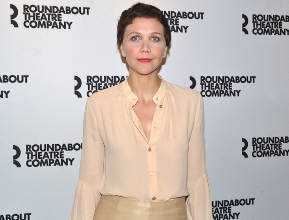 <p>Maggie Gyllenhaal makes her Broadway debut as Annie, who begins an affair with Ewan McGregor&#39&#x3B;s Henry.</p><br />(© David Gordon)
