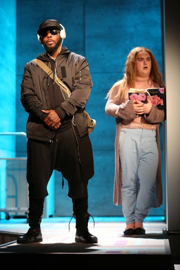 <p>Marquise Vilson and Marky Irene Diven make an entrance.</p><br />(© Joan Marcus)