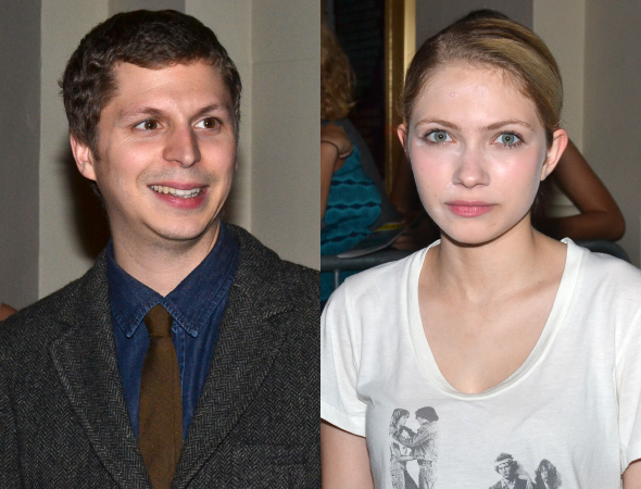 <p>Michael Cera and Tavi Gevinson pose for photos outside the Cort Theatre following the performance.</p><br />(© David Gordon)
