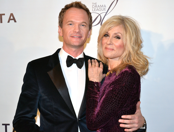 <p>Neil Patrick Harris takes the arm of Judith Light on the red carpet.</p><br />(© David Gordon)