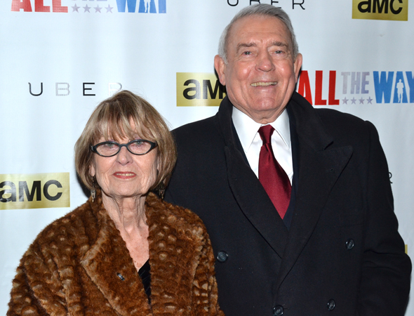 <p>Newsman Dan Rather and his wife, Jean Goebel, are the first to arrive on the red carpet.</p><br />(© David Gordon)