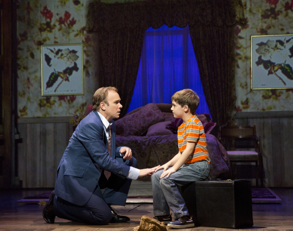 <p>Norbert Leo Butz (Edward Bloom) tells a tale to Zachary Unger (Young Will).</p><br />(© Paul Kolnik)