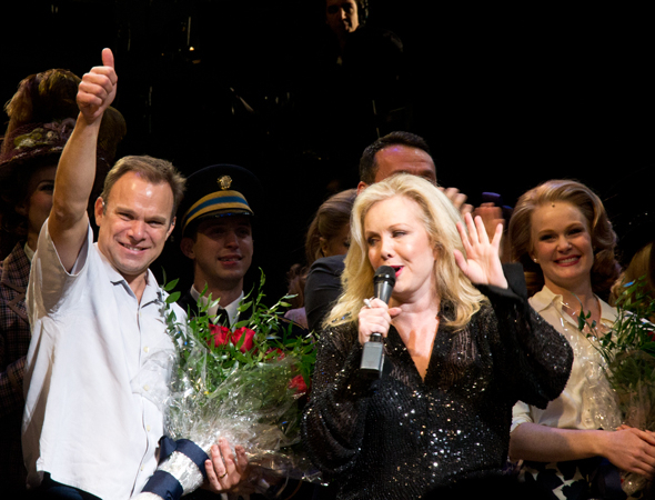 <p>Norbert Leo Butz gives us a thumbs-up as Susan Stroman thanks the audience members for their enthusiasm.</p><br />(© David Gordon)