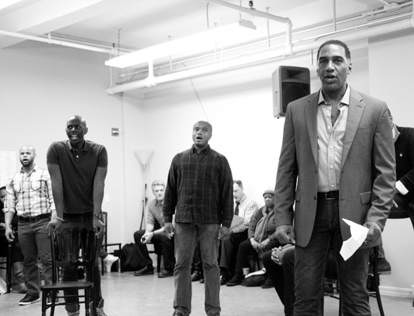 <p>Norm Lewis and the men of the ensemble perform &quot&#x3B;Ol&#39&#x3B; Man River.&quot&#x3B;</p><br />(© David Gordon)