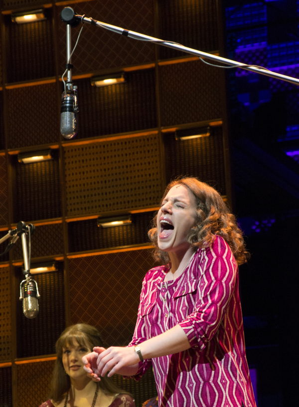 <p>November 21, 2013: Jessie Mueller introduces the Broadway press corps to <em>Beautiful — The Carole King Musical</em> with a sneak peek at her version of &quot&#x3B;(You Make Me Feel Like) A Natural Woman.&quot&#x3B; </p><br />(© David Gordon)