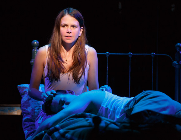<p>One night in Memphis, Violet (Sutton Foster) gets to know Monty (Colin Donnell) particularly well. </p><br />(© Joan Marcus)
