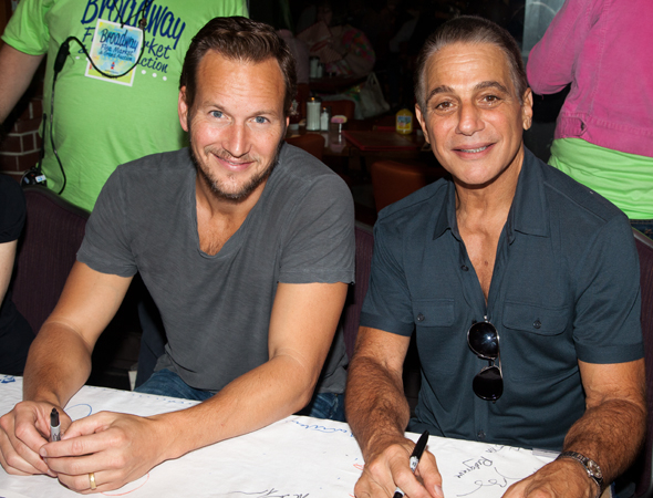 <p>Patrick Wilson and Tony Danza smile for the cameras.</p><br />(© Seth Walters)