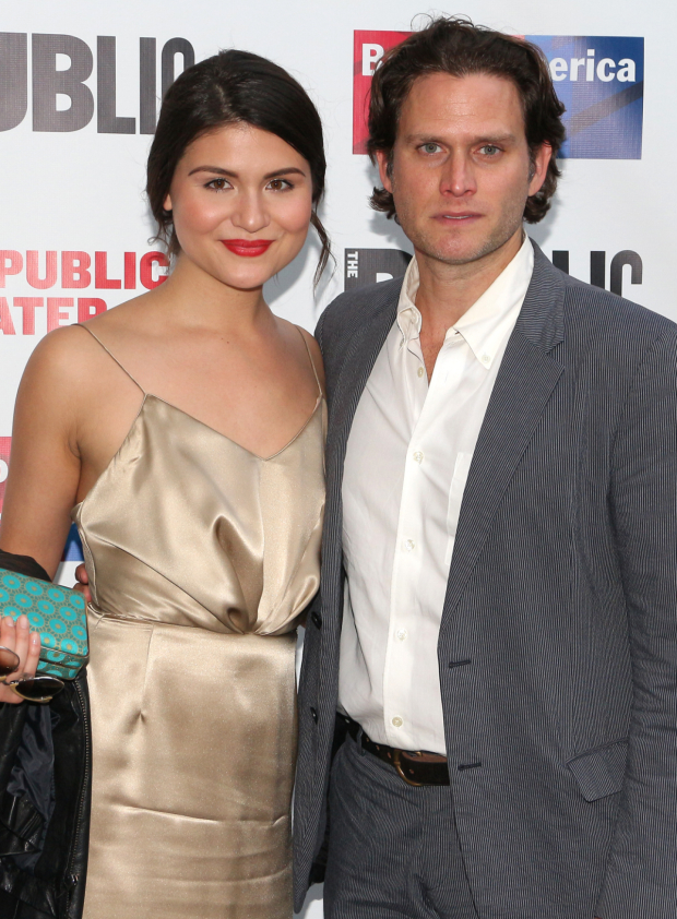 <p>Phillipa Soo and Steven Pasquale walk the photo line before the show.</p><br />(© David Gordon)