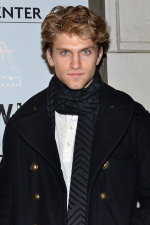 <p><em>Pretty Little Liars</em> star Keegan Allen completes the cast of MCC&#39&#x3B;s <em>Small Engine Repair</em>.</p><br />(© David Gordon)