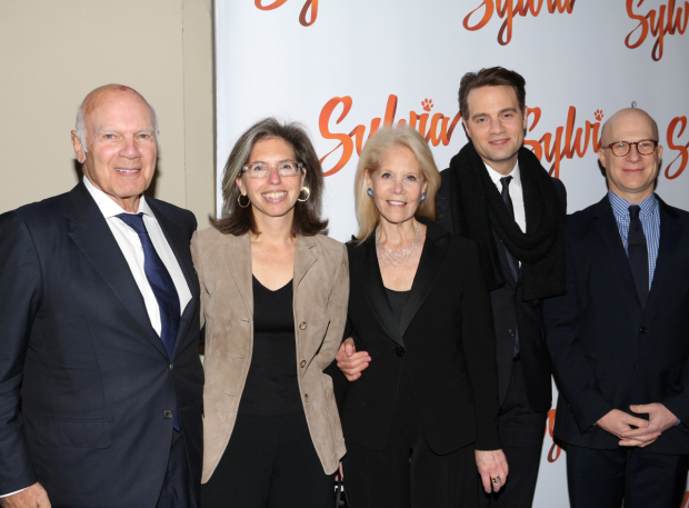 <p>Producer Daryl Roth (center) celebrates her opening night with her proud family.</p><br />(© David Gordon)