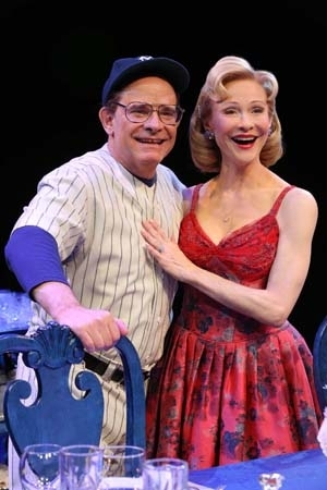 <p>Real-life married couple Peter Scolari and Tracy Shayne portray Yogi and Carmen Berra.</p><br />(© Joan Marcus)