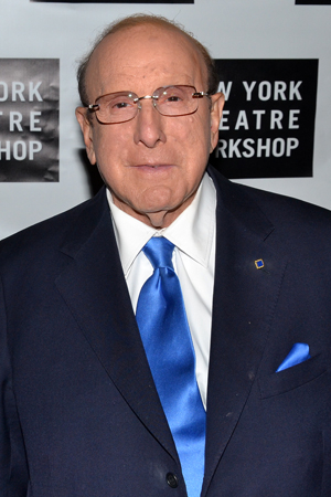 <p>Record producer Clive Davis knows a thing or two about music.</p><br />(© David Gordon)