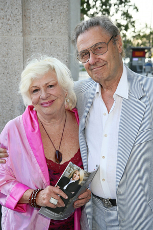 <p>Renée Taylor and husband Joe Bologna are ready to watch the Barbra Streisand send-up. </p><br />(© Ryan Miller/Capture Imaging)