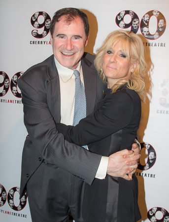 <p>Richard Kind and Judith Light embrace on the red carpet.</p><br />(© Seth Walters)