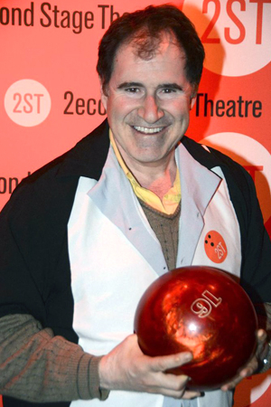 <p>Richard Kind looks ready to bowl a strike.</p><br />(© Nessie Nankivell)