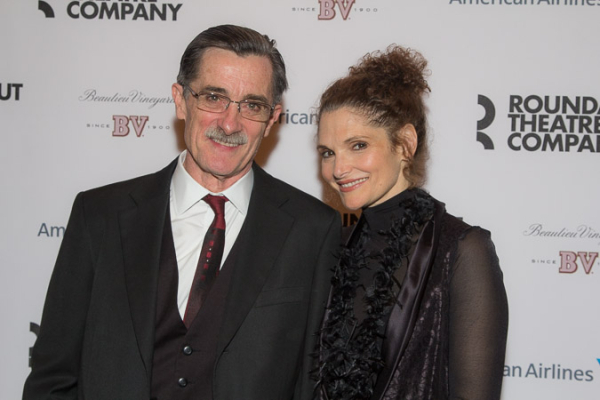 <p>Roger Rees poses with his stage wife, Mary Elizabeth Mastrantonio.</p><br />(© Seth Walters)