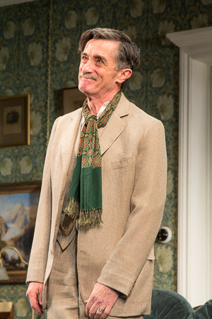<p>Roger Rees takes a bow after a successful opening night.</p><br />(© Seth Walters)