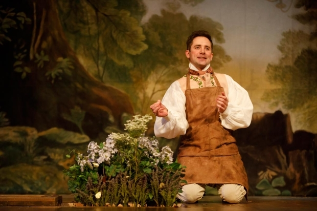 <p>Sam Crane makes his Broadway debut as Farinelli.</p><br />(© Joan Marcus)