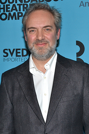 <p>Sam Mendes is the man of the hour, being honored by Roundabout just before his revival of <em>Cabaret</em> begins performances.</p><br />(© David Gordon)