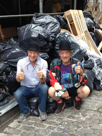 <p>September 19 – Sir Patrick, Sir Ian, and a pile of rubbish.</p><br />(Photo via @SirPatStew)