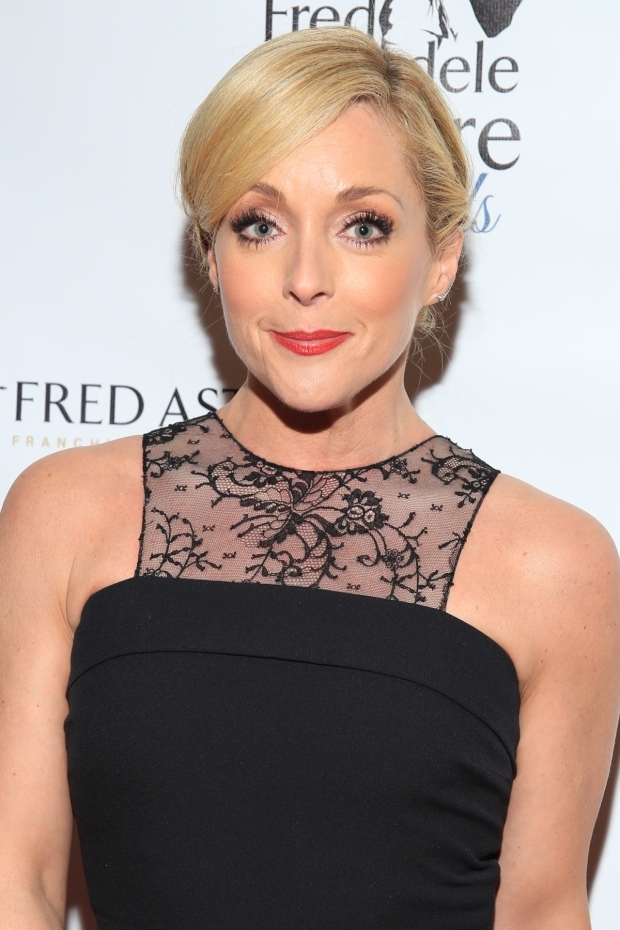 <p><em>She Loves Me</em>&#39&#x3B;s Jane Krakowski is the recipient of the Best Female Dancer honor.</p><br />(© Tricia Baron)