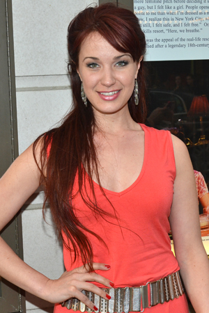 <p>Sierra Boggess played the Samuel J. Friedman Theatre in Terrence McNally&#39&#x3B;s <em>Master Class</em>.</p><br />(© David Gordon)
